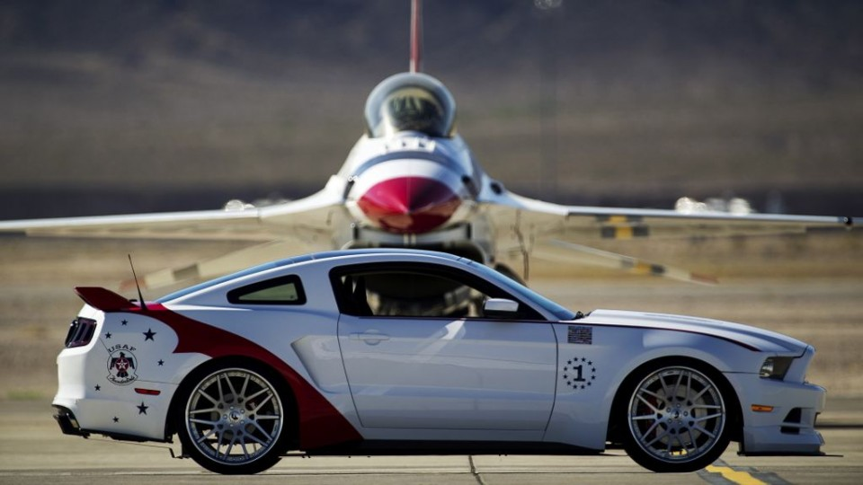 "ford mustang gt airforce edition img 3 960x540 - Ford Mustang GT ""U.S. Air Force Thunderbirds Edition 2014"""