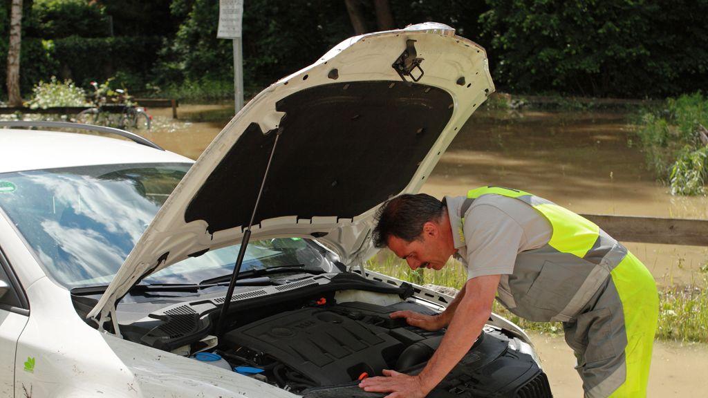 Heiße Temperaturen bereiten Autobatterien Probleme (Bildquelle: ADAC)
