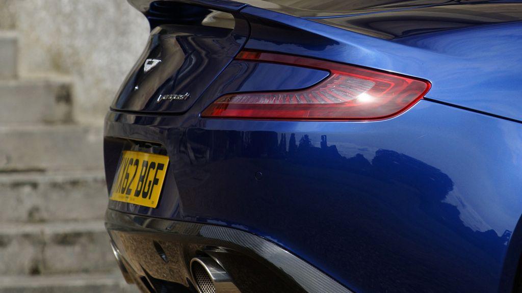 IAA 2013: Aston Martin Vanquish Volante - das Cabrio kommt
