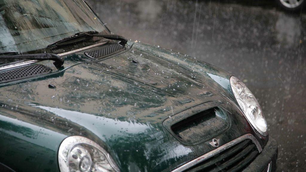 Wer zahlt, wenn das Hochwasser das Auto verschlingt? (GDV – Ihre Deutschen Versicherer)