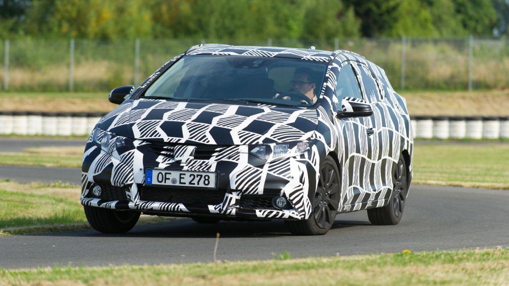 IAA 2013: Honda präsentiert Civic als dynamischen Sportkombi