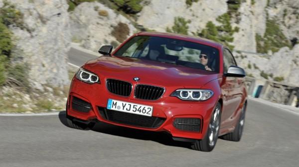 bmw 2er mj2014 img 01 600x337 - Erste Bilder des neuen BMW 2er