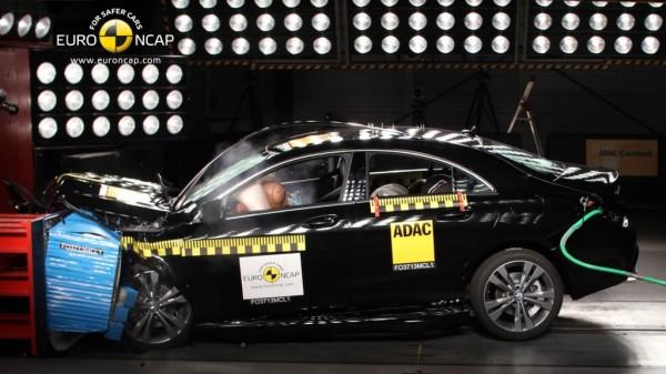 ncap crashtest mercedes cla mj2014 img 1 600x337 - CLA-Klasse von Mercedes erhält von Euro NCAP fünf Sterne