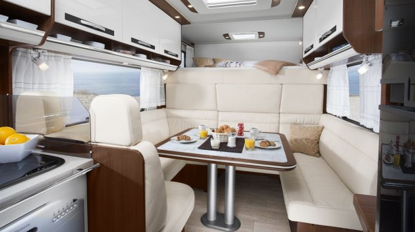 morelo palace alkhoven mj2014 img 23 600x336 - Morelo Palace Alkoven: Ein Reisemobil der Luxusklasse ab 215.000 Euro