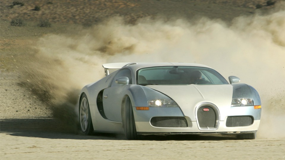 Bugatti Veyron 960x540 - Video: BMW M3 effizienter als Toyota Prius! – TopGear UK