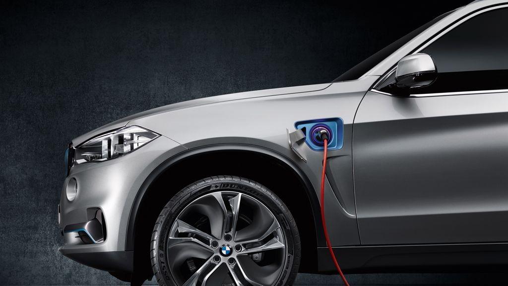 New York Auto Show: Weltpremiere für das BMW Concept X5 eDrive