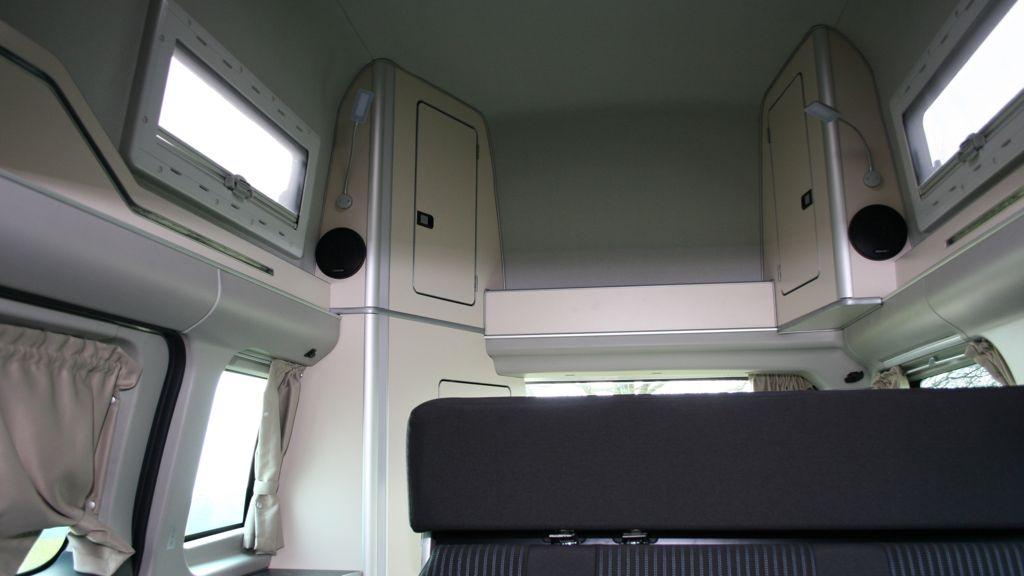 neuer ford nugget im schnelltest das k nnen sie vom neuen. Black Bedroom Furniture Sets. Home Design Ideas