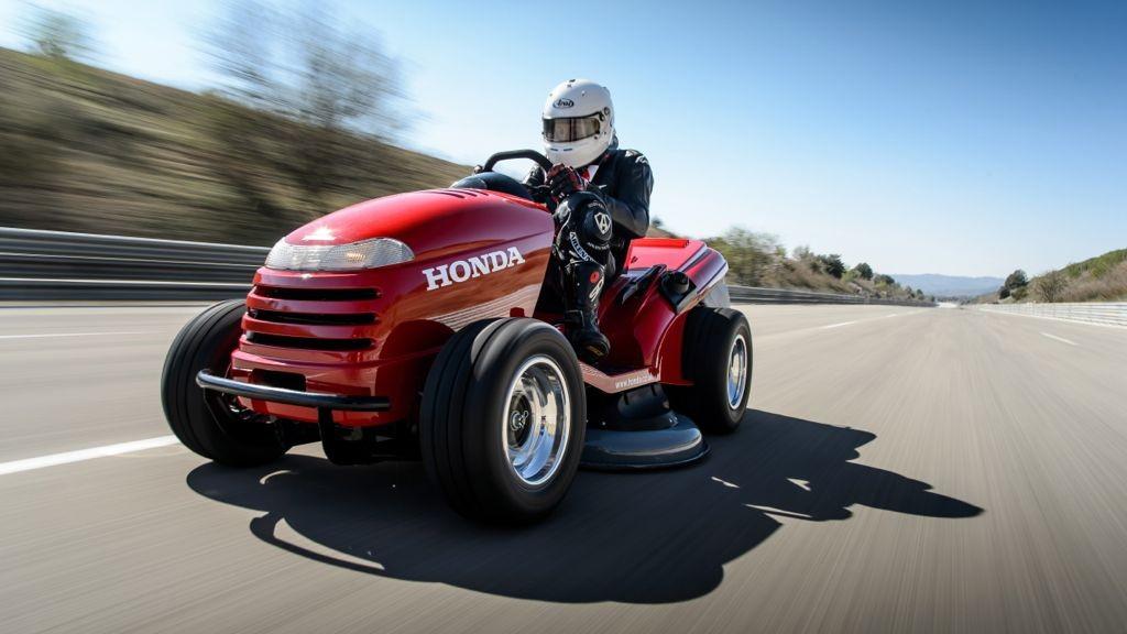 Honda Mean Mower: Weltrekord für den schnellsten Rasenmäher