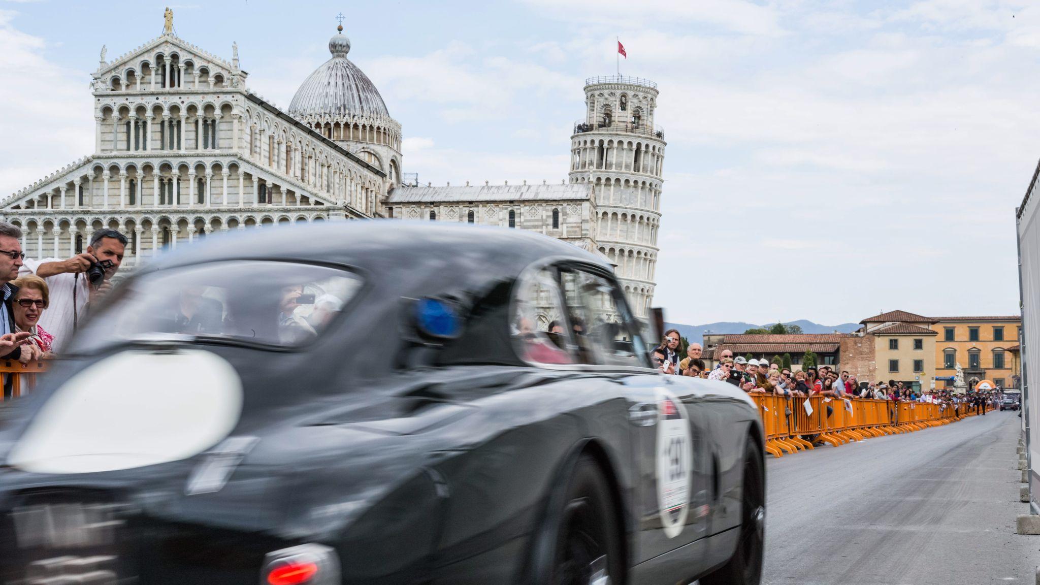 L1001142 - Mille Miglia 2014: Wie die 1000 Meilen wirklich sind und warum Jay Leno im Liegen fährt