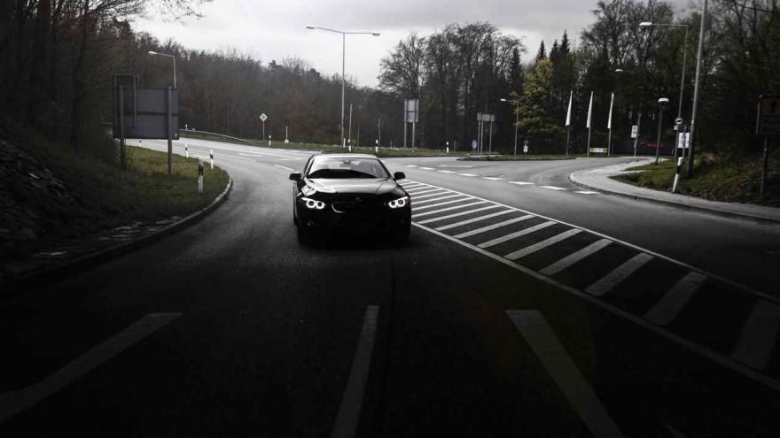 BMW 430d Coupé im Halbschatten