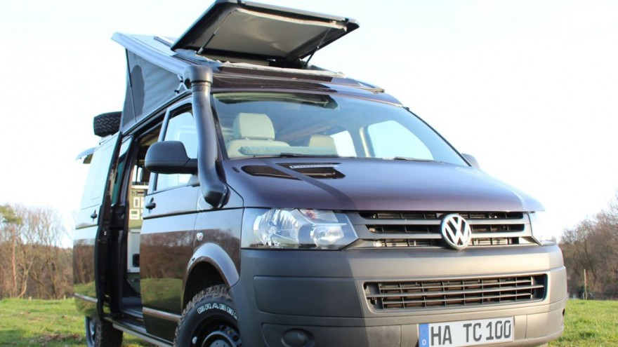 terra camper tecamp vw t5 mj2014 img 01 880x495 - VW T5: Mit dem Terra Camper Tecamp perfekt für Fernreisen ausgestattet