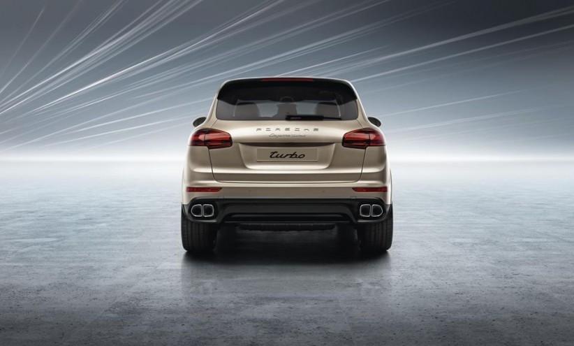 1Foto 822x495 - Porsche Cayenne: der Perfekte mit dem Problem-Heck (Video)