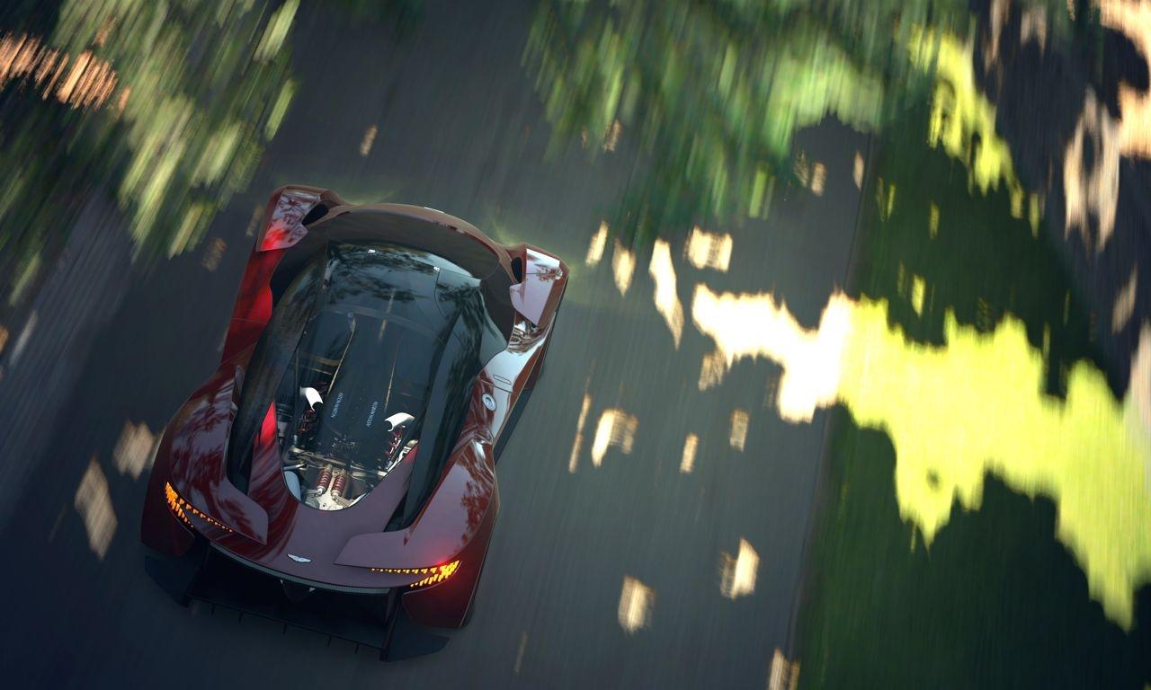 Aston Martin DP 100 05 - Toyota Yaris: Sogar Straßenschilder werden für ihn ausgetauscht! (Video)