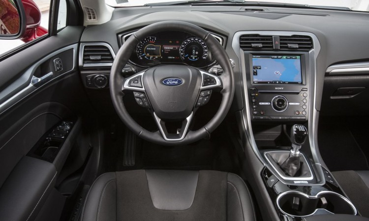 Ford Mondeo (2015) Interieur