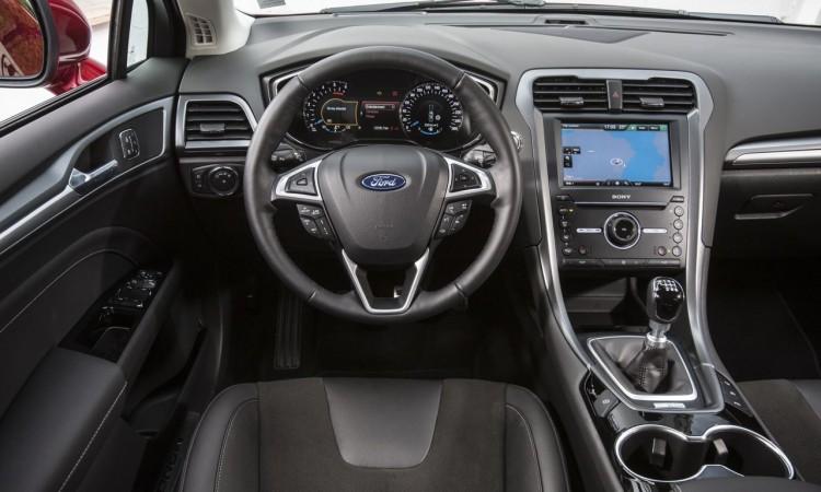 Ford Mondeo (2015) Interieur