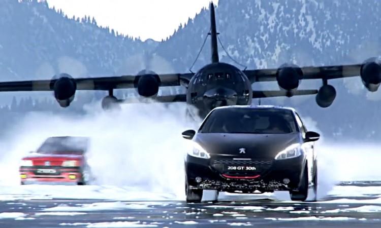 Peugeot 208 GTI 30th: vom Militärflugzeug verfolgt – Auf ein Neues!
