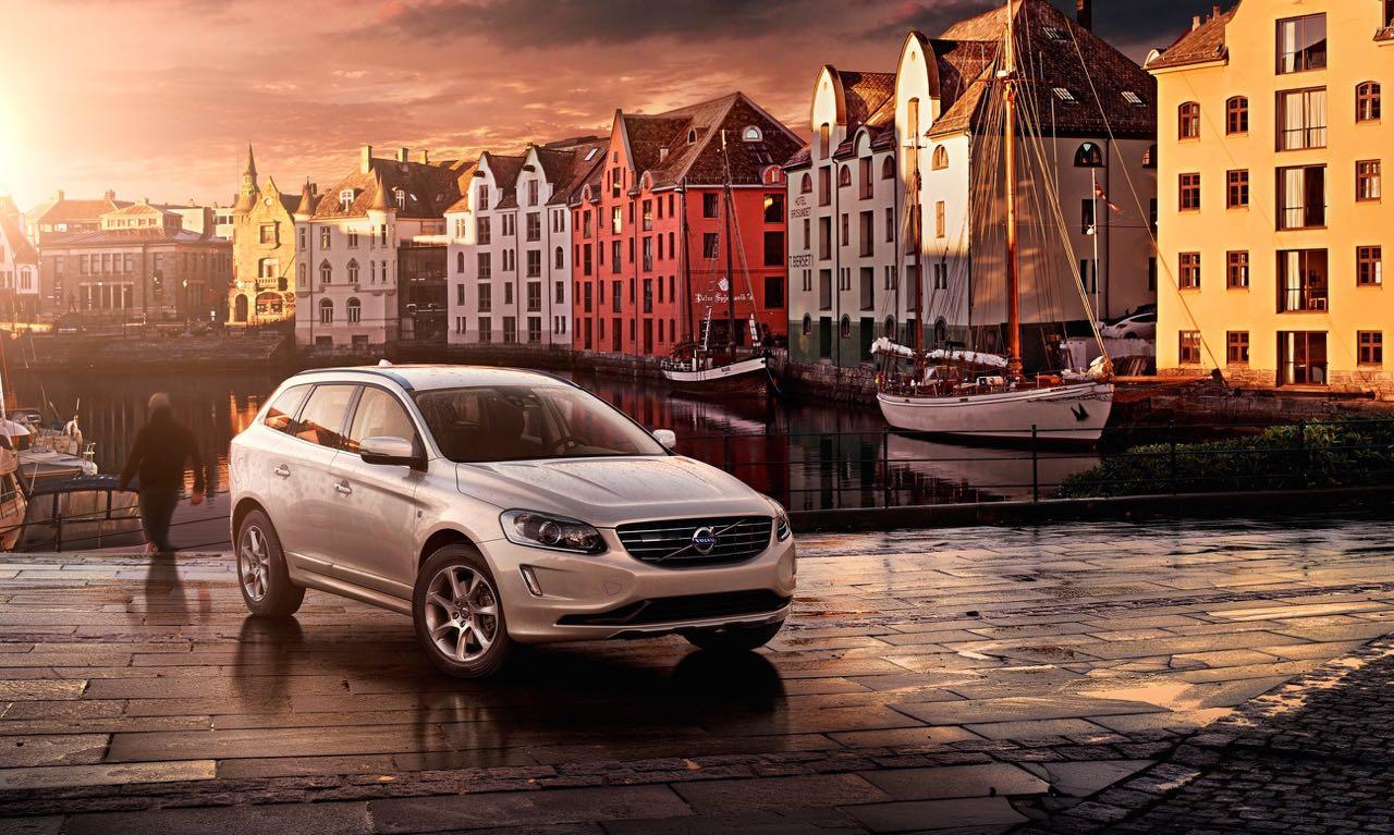 Volvo XC60 D4 AWD: Preise, Bilder und Daten.