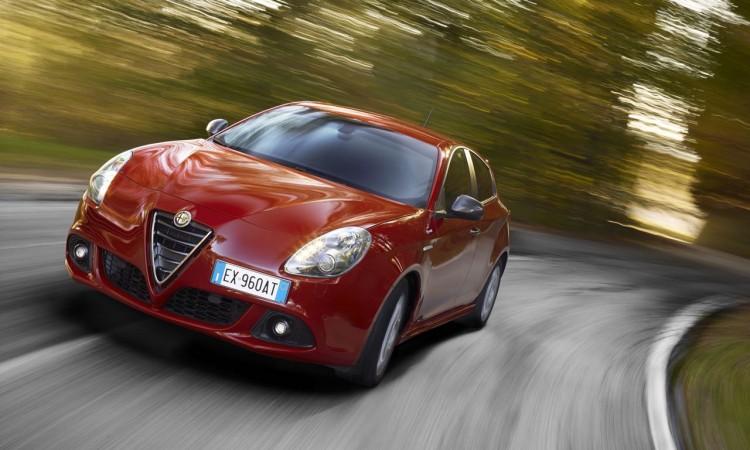 Alfa Romeo Giulietta Sprint: Preisgünstiges Sondermodell mit neuem Motor.