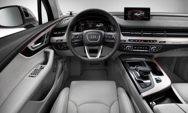 Das Cockpit des neuen Audi Q7: großzügig und digital inklusive Fahrerassistenzsysteme