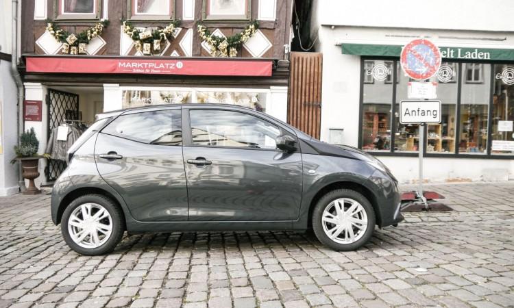 Toyota Aygo in der Seitenansicht