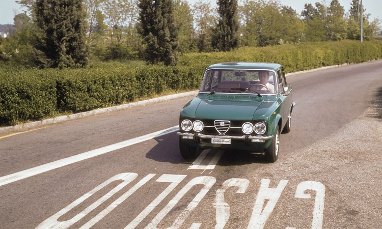 Was wir vom Autojahr 2015 erwarten: Alfa Romeo Giuliette mit Heckantrieb und wunderschön!