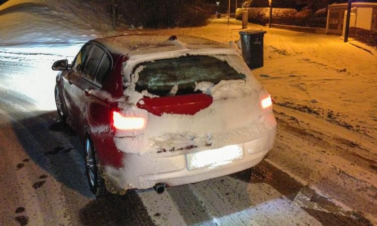 Wintermythen Autos: Im Schnee sind heckgetriebene Autos sogar manchmal besser