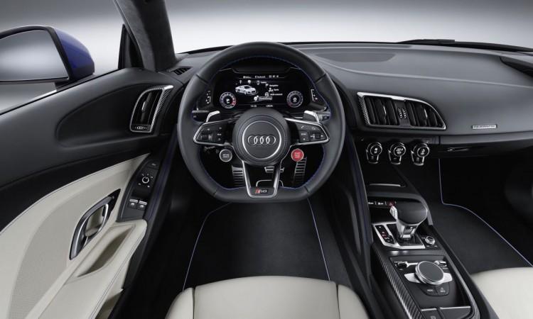 Das Intérieur des Audi R8 V10 Plus erinnert stark an den Lamborghini Huracan