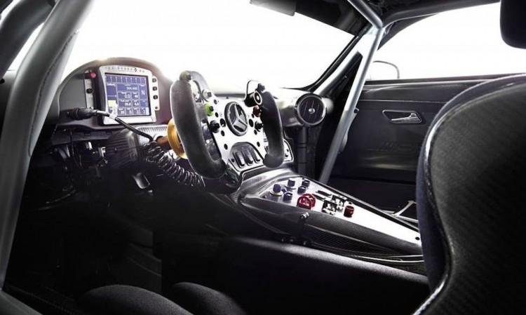 Mercedes AMG GT3 3 750x449 - Genf 2015: Das ist der Mercedes-AMG GT3