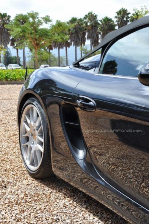Porsche Boxster Spyder 3 499x750 - Ist das der neue Porsche Boxster Spyder?
