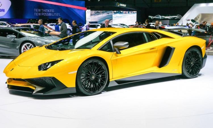 Lamborghini Aventador LP 750-4 Superveloce mit 750 PS und V12-Power
