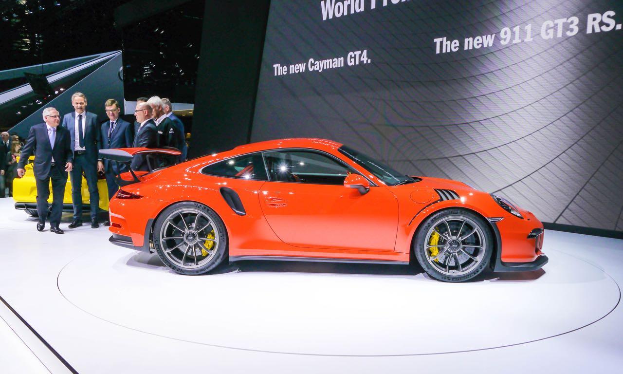 Porsche 911 GT3RS Genf Vorstellung1 - Genf 2015: Porsche 911 GT3 RS mit 500 PS und Magnesium-Dach