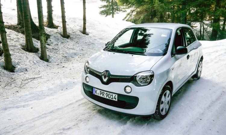 Heckantrieb + Heckmotor + Schnee = Heiße Drifts? Denkste.