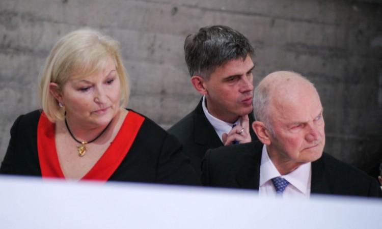 Neue, wenn auch ungewohnte Perspektiven für Volkswagen-Aufsichtsratschef a. D. Ferdinand Piech und Frau Ursula Piech