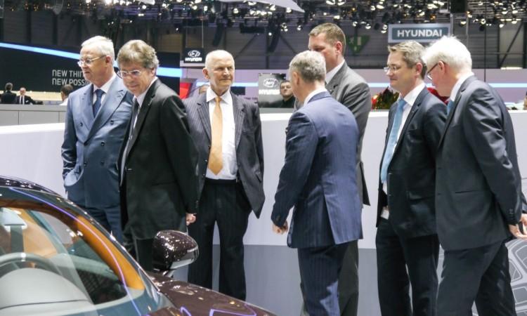 VW-Aufsichtsratsvorsitzender Ferdinand Piech legt sein Amt nieder