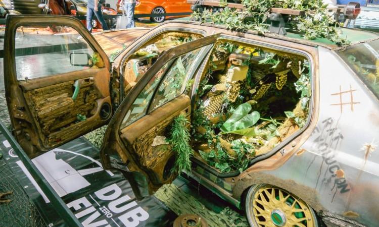 1Bearbeitet Lightroom 6 750x450 - Tuning World Bodensee 2015: Nackte Haut und Goldene Autos