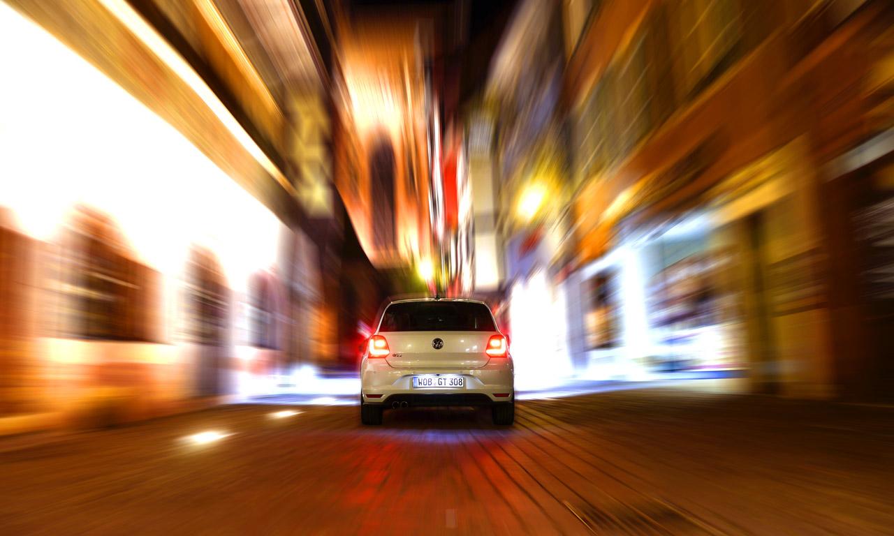 VW Polo GTI in Colmar bei Nacht