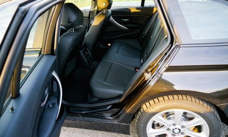 BMW 330xd 24 750x450 - Fahrbericht BMW 330d xDrive Touring: Automobile Sachlichkeit auf höchstem Niveau.