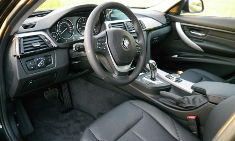 BMW 330xd 25 750x450 - Fahrbericht BMW 330d xDrive Touring: Automobile Sachlichkeit auf höchstem Niveau.