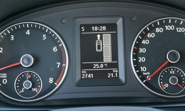 Die optionale Einparkhilfe des VW Caddy