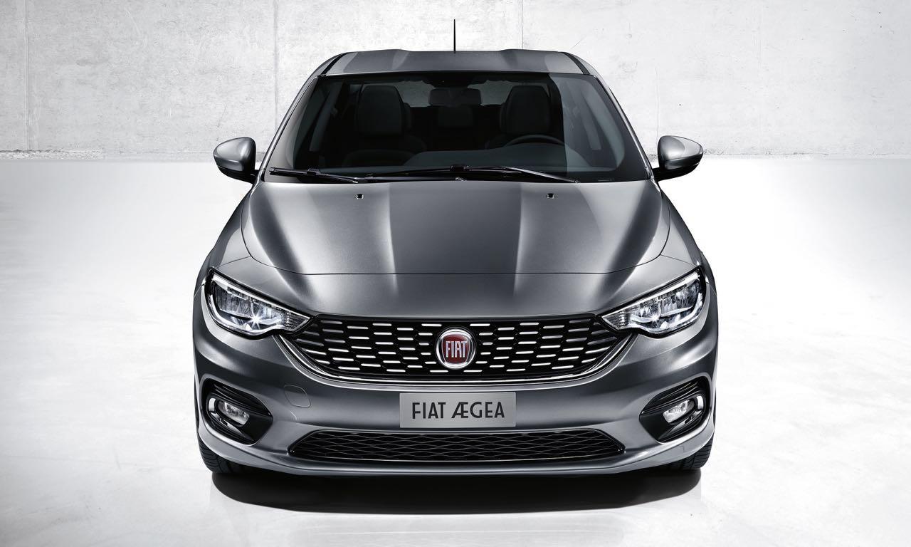 Auf der Istanbul International Auto Show zeigte Fiat seinen neuesten Familienzuwachs, der vom Centro Stile designt wurde und den Fiat Linea beerbt. Ab November 2015 soll die Stufenheck-Limousine mit dem Namen Fiat Aegea auf vierzig Märkten erhältlich sein.
