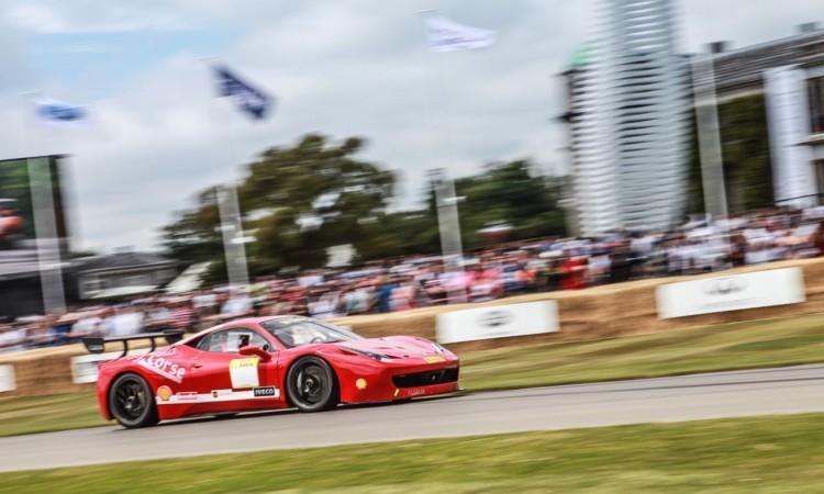 Ferrari hat uns ein paar bewegte Bilder vom Goodwood Festival of Speed 2015 zukommen lassen dessen Inhalte wir natürlich sehr gerne weitergeben 1 750x450 - Das Goodwood Festival of Speed 2015 aus Sicht von Ferrari. Schon cool!