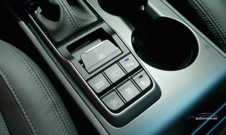 Per Knopfdruck sperrt man das Differenzial an der Hinterachse beim Hyundai Tucson