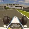 Kurt Thiel im Formel 1 Auto auf dem Rundkurs von Magny Cours