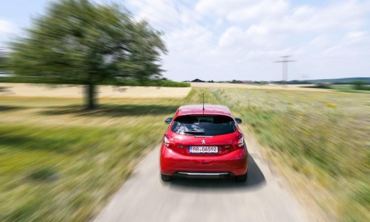 Peugeot 208 GTi im Fahrtest - 9