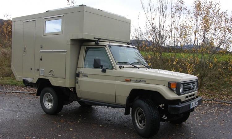 Langer + Bock Toyota HZJ 79: Buschtaxi für Expeditionen