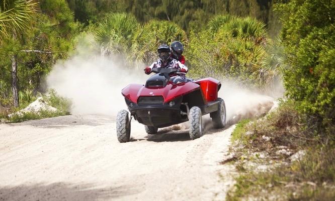 Gibbs Quadski Amphibisches Power ATV 4 - Gibbs Quadski: Power-ATV zu Land und zu Wasser