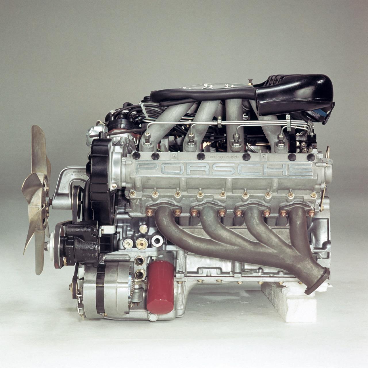 Leichtmetall-Motor für den Porsche 928