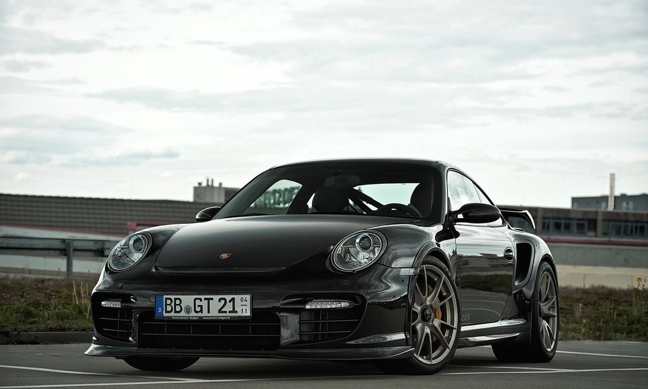das shooting mit einer traumikone dem porsche 911 gt2 rs das auto magazin. Black Bedroom Furniture Sets. Home Design Ideas