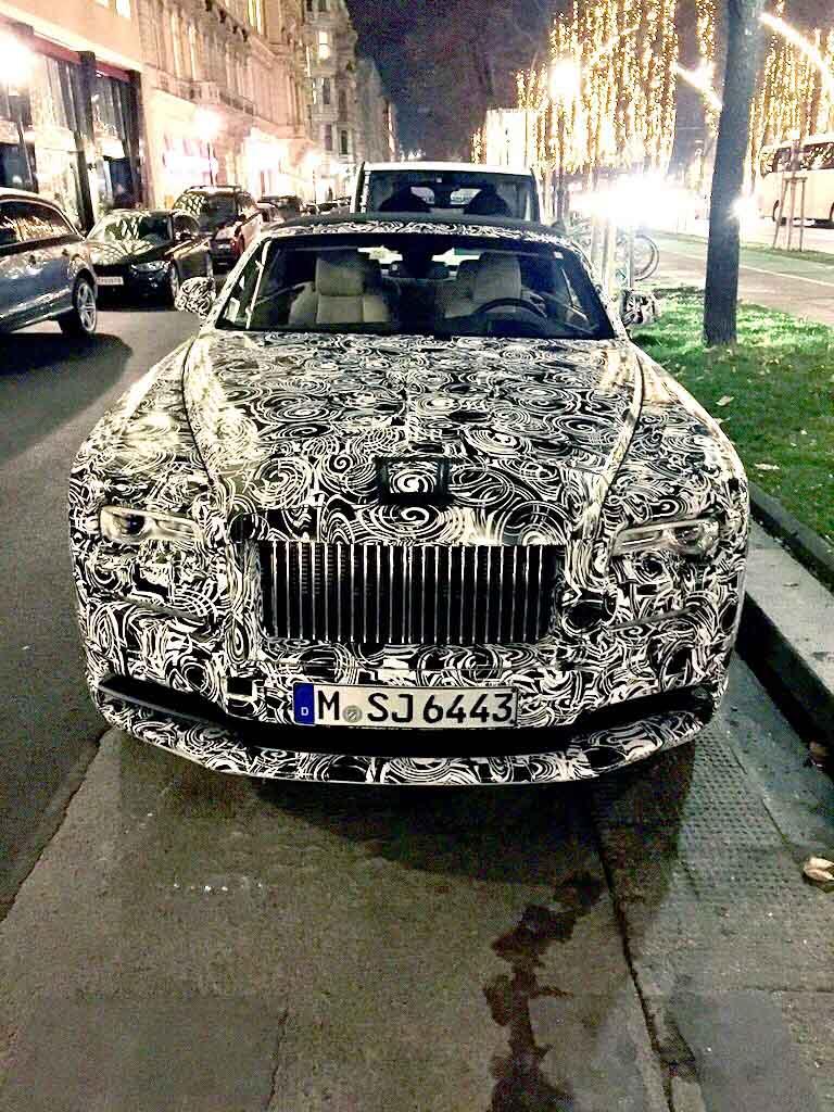Rolls Royce Erlkoenig BMW 7er - Rolls-Royce kündigt neue Aluminium-Rahmen-Konstruktion an