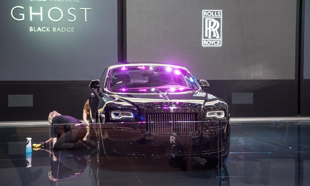 Rolls-Royce Ghost Black Badge auf dem Autosalon Genf 2016